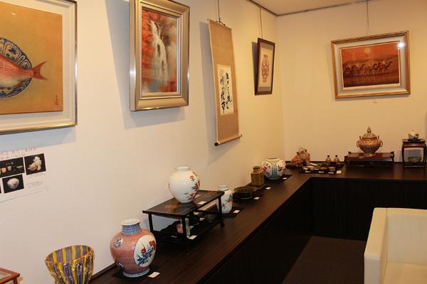近代巨匠陶芸作品特別ご奉仕会を開催しました!