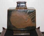 22837 河井寛次郎 (鉄釉扁壷(紅葩識)) KAWAI Kanjiro