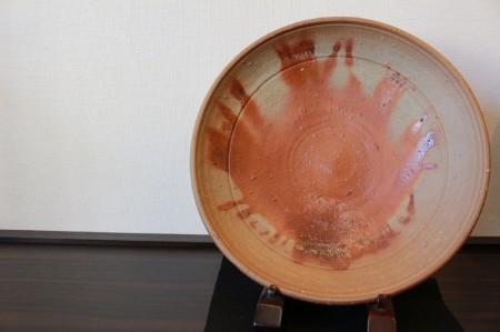 23584 人間国宝 金重陶陽 (備前緋襷平鉢) KANESHIGE Toyo