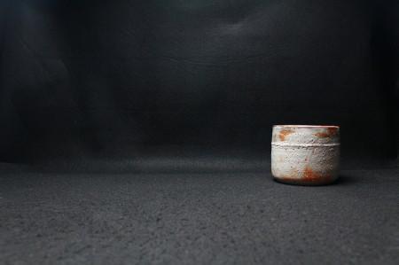 22474 北大路魯山人(絵志野胴紐筒茶碗(2代黒田陶々庵識))KITAOJI Rosanjin