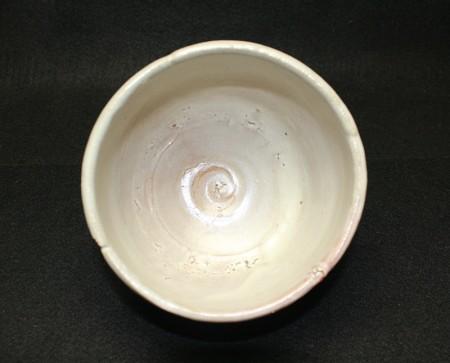 23400 荒川豊蔵(唐津風梅の絵茶埦)ARAKAWA Toyozo