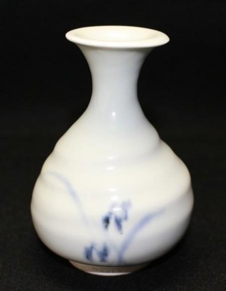 22764 人間国宝 塚本快示 (染付酒瓶) TSUKAMOTO Kaiji
