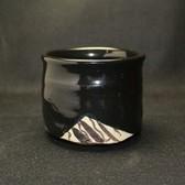 24115 加藤鈔 (黒織部茶碗) KATO Syo