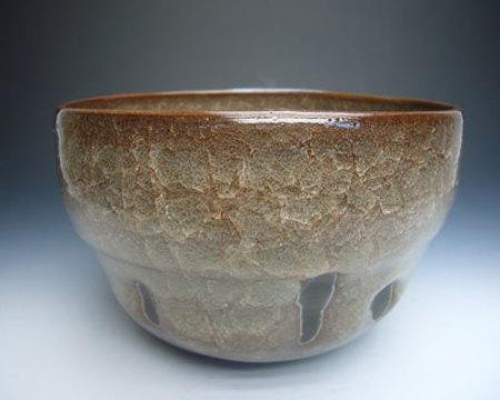 No.16582 岡部嶺男[夫人箱](窯変米色瓷碗)