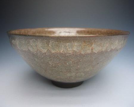 No.16666 岡部嶺男〔美喜識〕(窯変米色瓷盃)