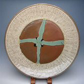17954 島岡達三(象嵌皿[柿釉緑釉])SHIMAOKA Tatsuzo