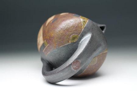 20537 和太守卑良(釉彩水滴)WADA Morihiro
